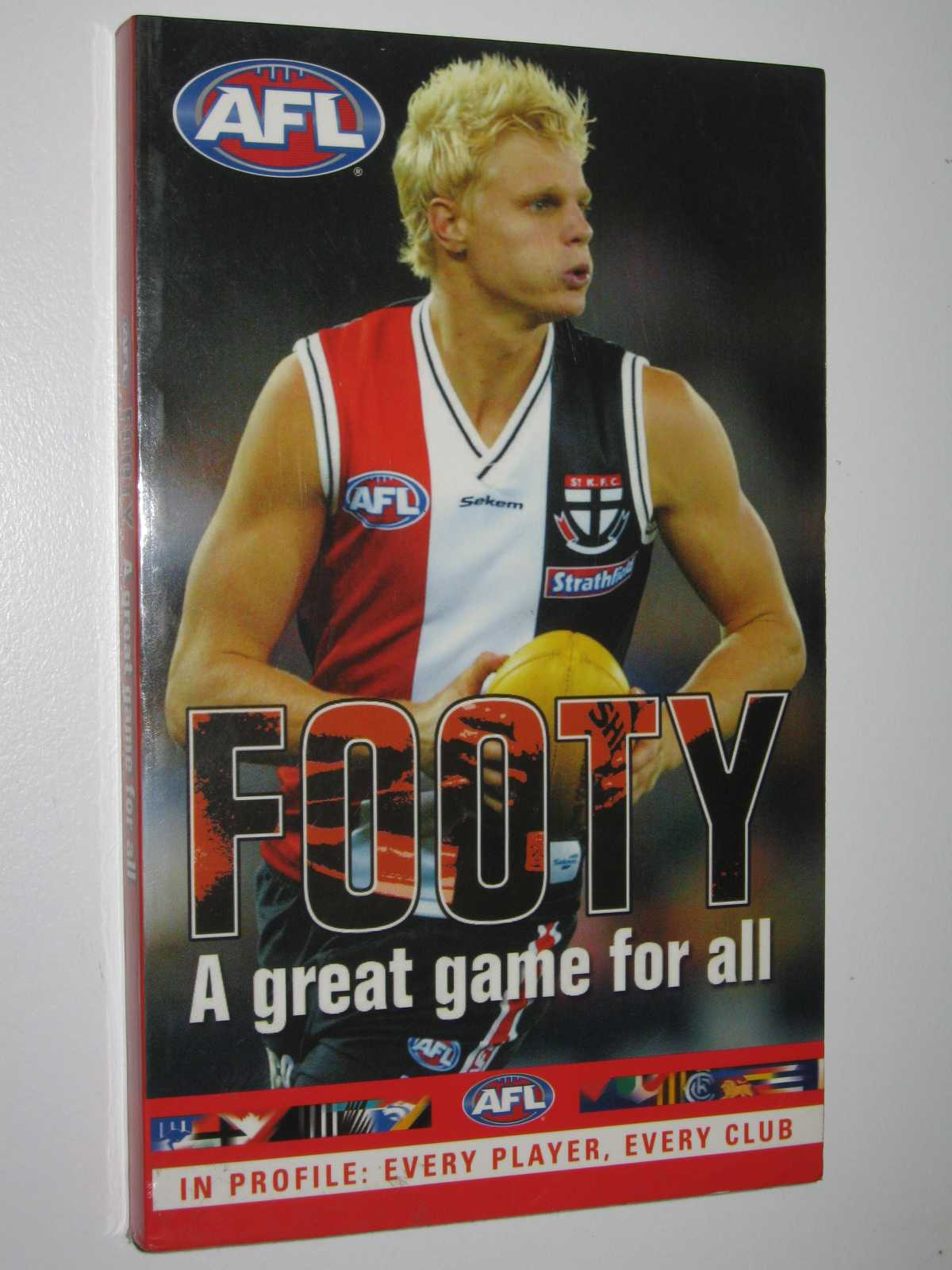 Image for AFL Season Preview 2003 : Profile & Stats Of Every Player, Every Club
