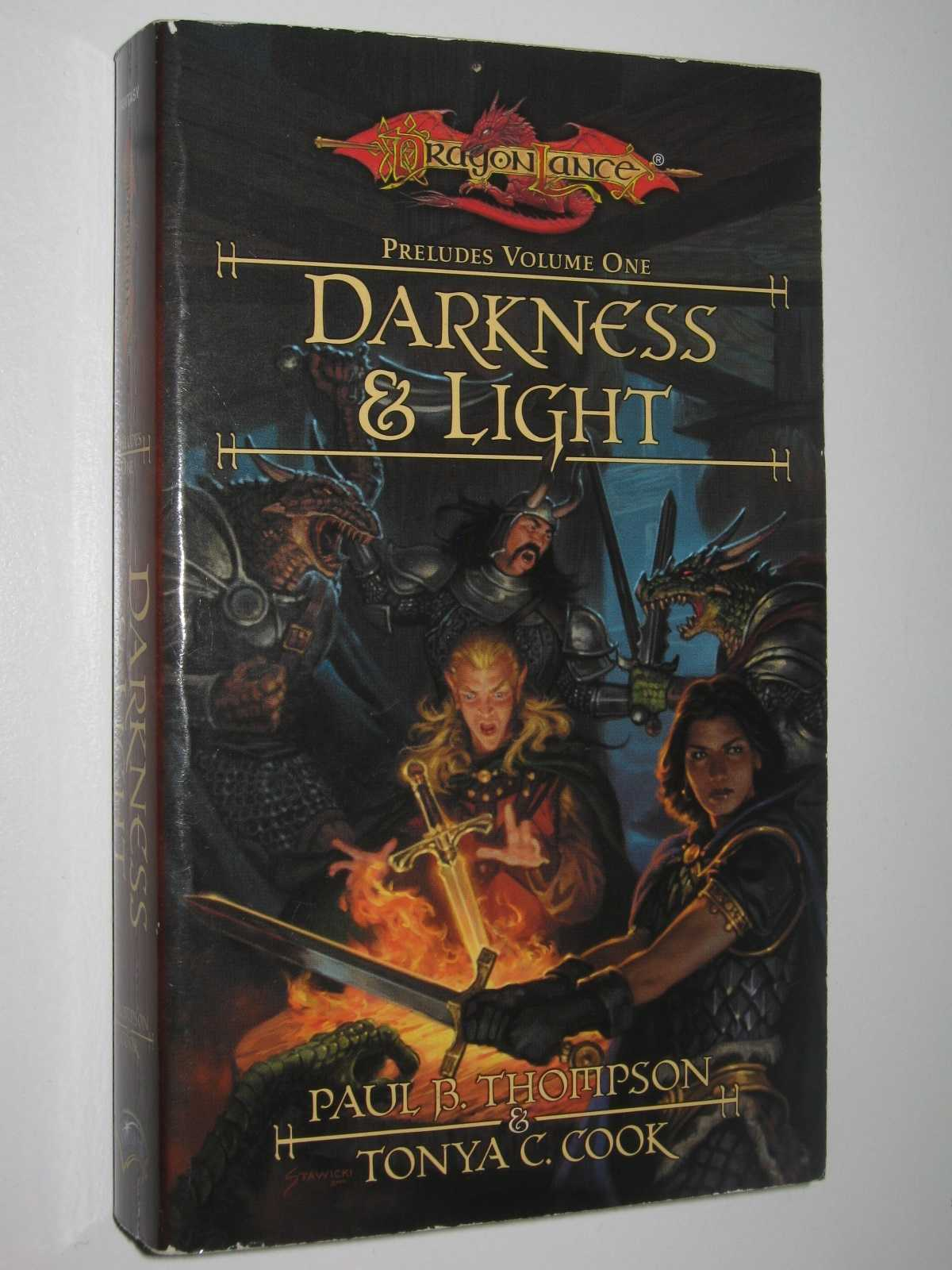 Image for Darkness and Light - DragonLance: Preludes Series #1