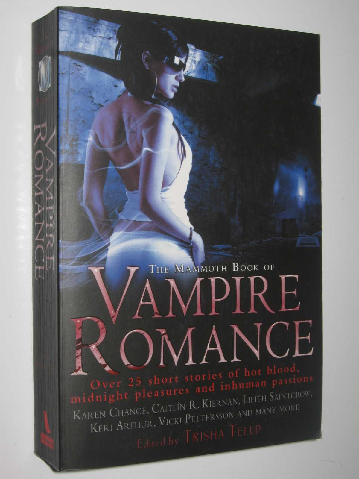 Image for The Mammoth Book of Vampire Romance